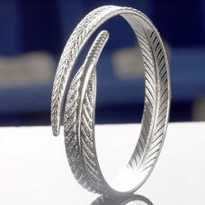 Сребърна гривна - Перо Гривни изображение