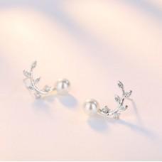 Сребърни обеци - Нежен чар Обеци с перли изображение